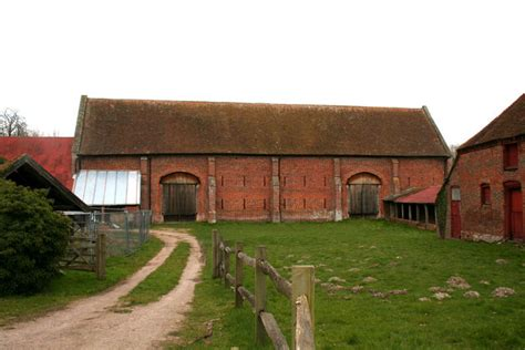 Old Basing Barn Tithe Barn Old Basing Hampshire This Large Tithe Barn Is
