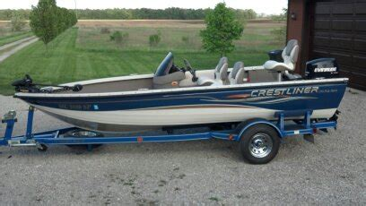 fishing boats for sale by owner michigan boats for sale 2004 17 foot crestliner fish hawk 1750sc