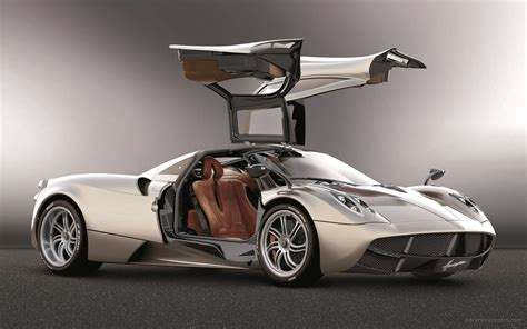 pagani huayra wallpaper 2011 pagani huayra 5 wallpaper hd car wallpapers