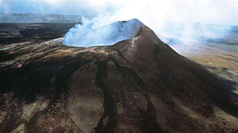hawaii kilauea spuckt wieder lava zdfmediathek