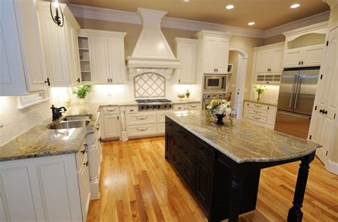 white kitchen cabinets with hardwood floors 32 spectacular white kitchens with honey and light wood