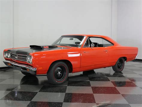 1969 plymouth roadrunner 1969 plymouth road runner streetside classics classic