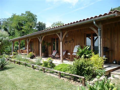 Terrasse Couverte Maison by Maison Bois De Plain Pied De 130m2 Avec Terrasse Couverte