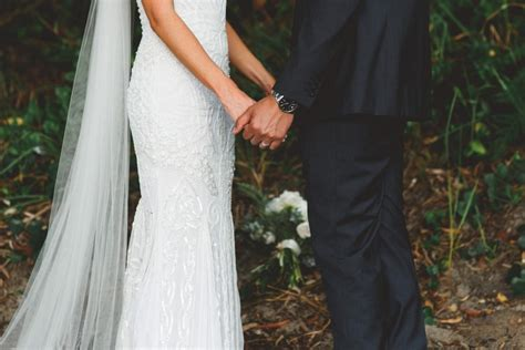 Wedding Vows Couples by 25 Wedding Vows For Modern Couples Easy Weddings