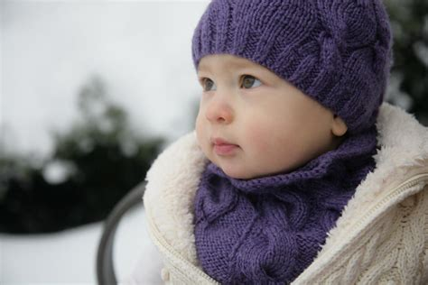 knitted beanies for children find the right knitted baby hat size craftsy