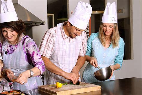 cours de cuisine launaguet l atelier de cuisine gourmande contact dossier de presse