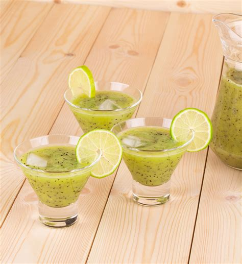 Lime And Kiwi Detox Drink by Kiwi Cabbage And Lime Smoothie Nutribullet Recipes