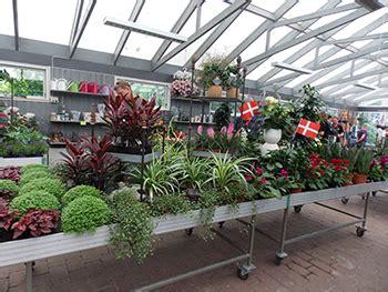 finding  style   garden center retailer msu extension