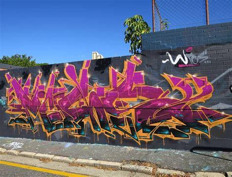pin  jonathan capparelli  graffiti graffiti art