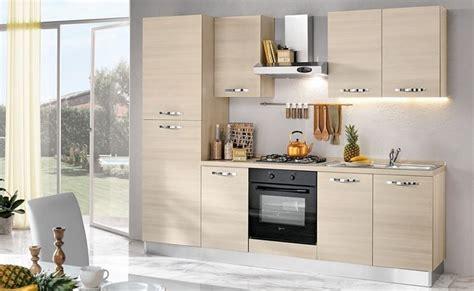 arredamenti a basso costo quanto costa una cucina consigli cucine il costo