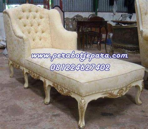 Kursi Sofa Klasik model kursi sofa tidur klasik harga murah perabot jepara perabot jati toko perabot jepara
