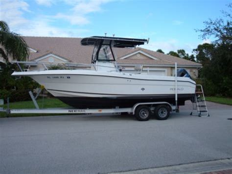 fishing boats for sale 25 ft 2000 25 foot robalo center console fishing boat for sale