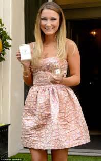 sam faiers flashes her pins in elegant pink prom style