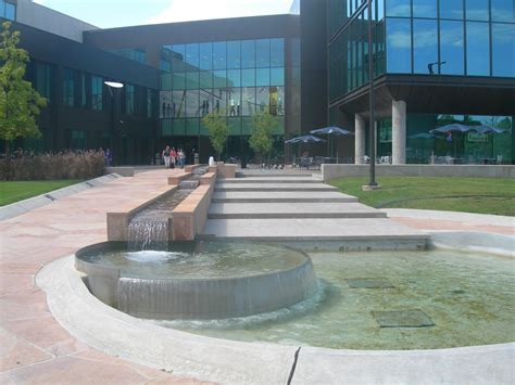 Of Houston Clear Lake Mba Tuition by Best Degrees For Banking And Becoming A Banker