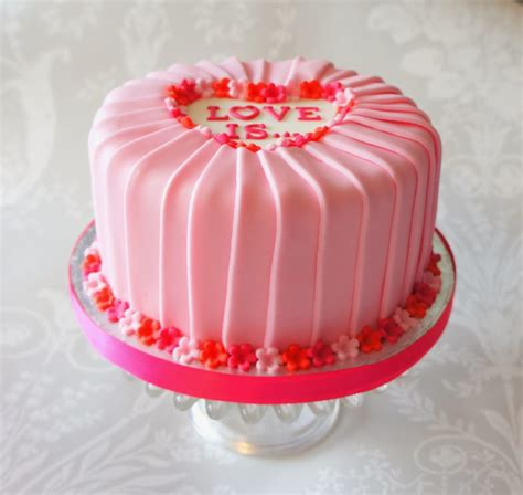 how to make cake decorations at home home design be my valentine my cake decorating blog