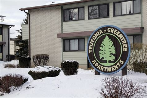 Greentree Apartments Milwaukee Children Left Teaching Poor Where They Live