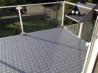Pvc Boden Auf Balkon Verlegen by Balkon Bodenbelag Kunststoff Gel 228 Nder F 252 R Au 223 En