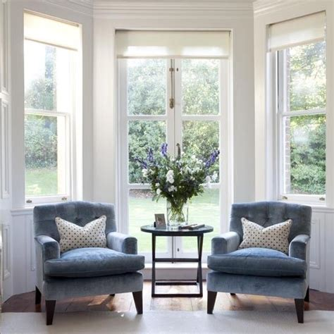 table between two armchairs 25 best ideas about living room chairs on