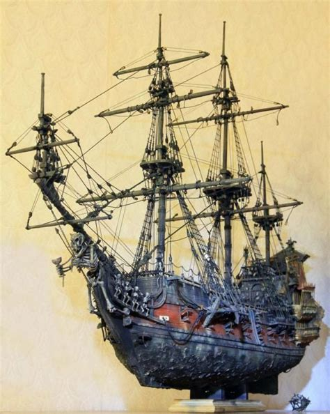 the queen s boat queen anne s revenge model ships boats pinterest