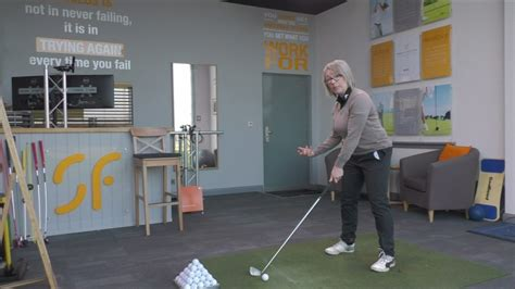 golf swing explained golf swing weight shift explained simply youtube