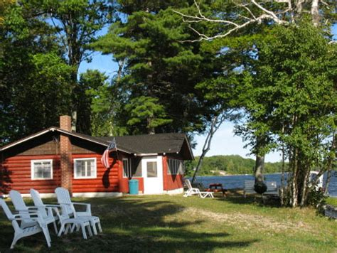 Cabin Resorts In Michigan by Crooked Tree Cabins Michigan Cabin Rentals