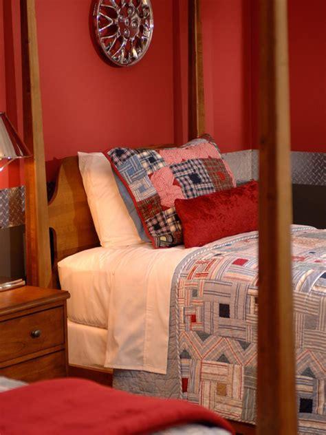 bedrooms with quilts bedrooms with quilts hgtv