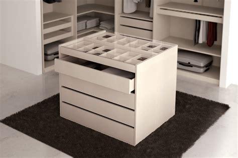 vestidor con isla muebles egelasta www egelasta isla vestidor moderna