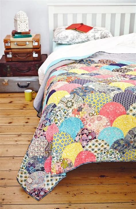 Clamshell Patchwork - 1000 ideas about clamshell quilt on quilts