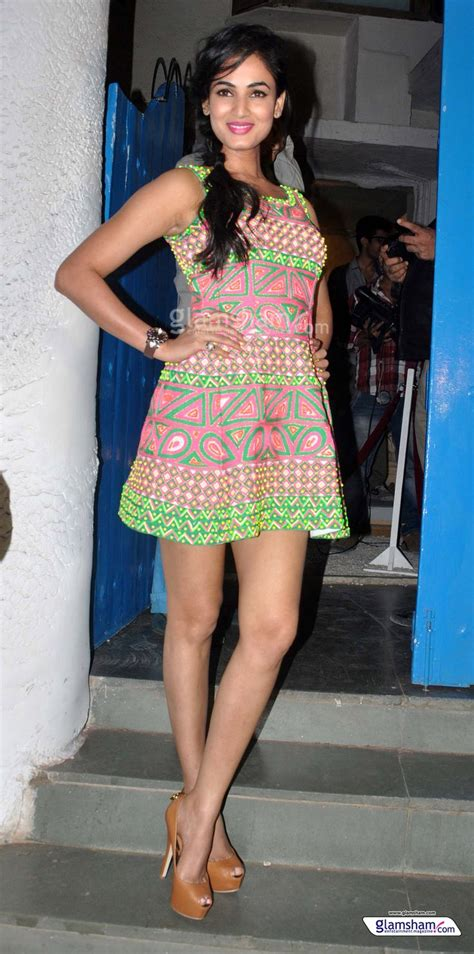 priyanka chopra house in goa address 50 best indian babes and actresses in mini skirts images