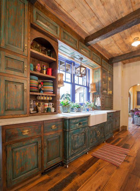 Milk Painted Kitchen Cabinets by Maison Rustique 224 L Int 233 Rieur En Bois Et Ambiance Bien