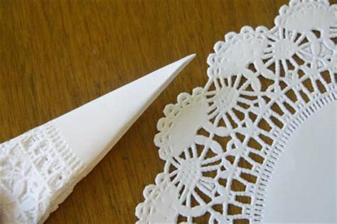 Wedding Craft Paper - wedding decor with paper doilies high on style easy on