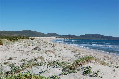 porto pino spiaggia spiaggia di porto pino trovaspiagge it portale delle