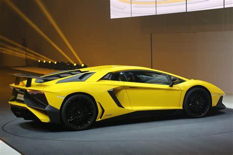 740 HP Lamborghini Aventador Superveloce Revealed in Geneva