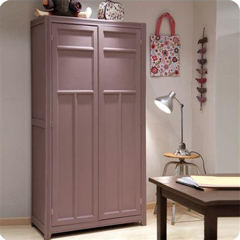 L'armoire parisienne