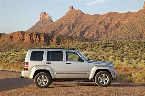 2012 Jeep Liberty Specs 2012 Jeep Liberty Review Specs Pictures Price Mpg