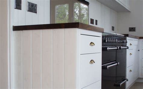 kitchen cabinets london beposke wooden kitchen cabinets london joiner