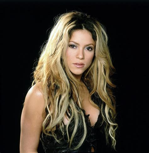 biography shakira shakira hd wallpapers hd wallpapers
