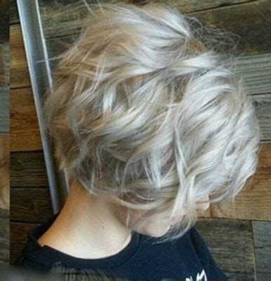 picture of gray wavy bob trendy gray hair style hair pinterest bobs wavy