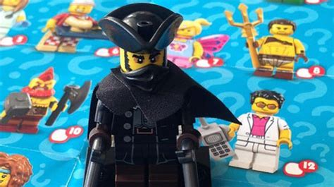 Brick Lego Lego Minifigure Series 17 Highwayman brickfinder lego collectible minifigures series 17