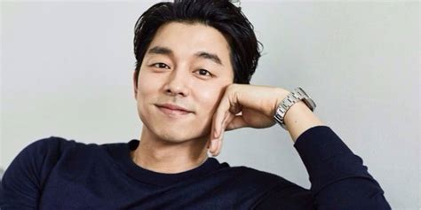 so ji sub gong yoo gong yoo beats out song joong ki in commercial brand