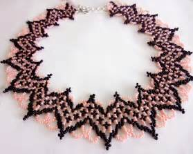 Free pattern for necklace selene