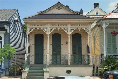 new orleans shotgun house photo 449 06 a shotgun house near burgundy street in