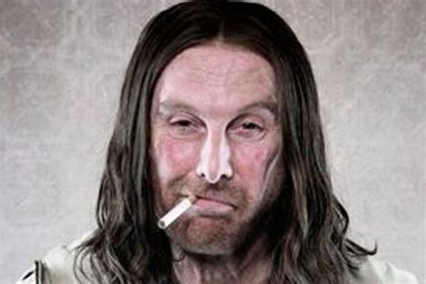 that looks like frank gallagher you seen what frank gallagher from shameless looks like now ok magazine