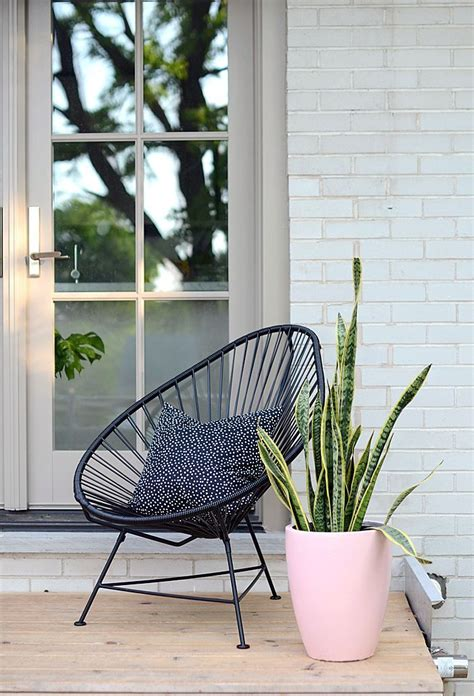 porch chairs 25 best ideas about modern front porches on