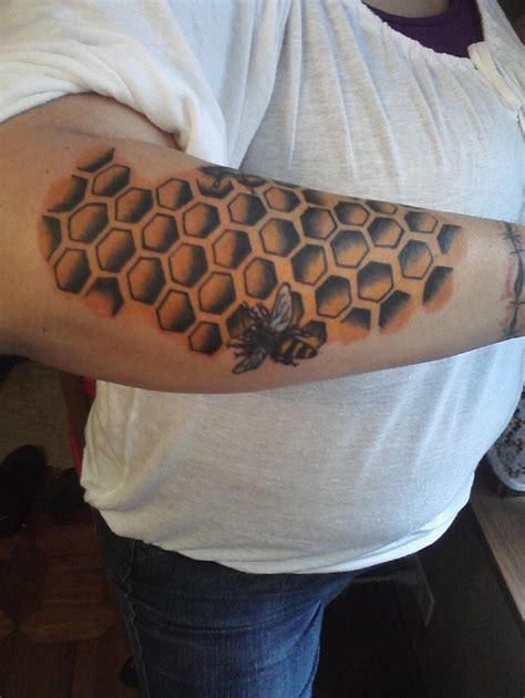 honeycomb tattoo pin by bridget bujak on tattoos