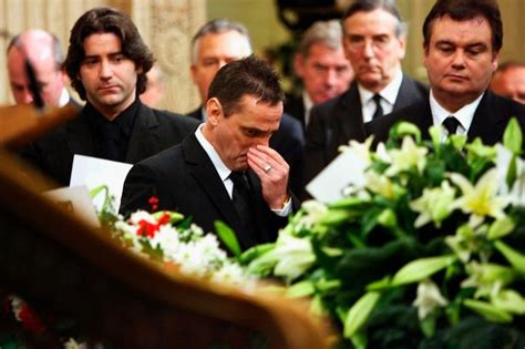 george best funeral eamonn addressing george best s funeral was