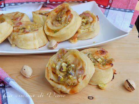 Pasta Di Pistacchio Fatta In Casa by Girelle Stracchino Mortadella E Pistacchi