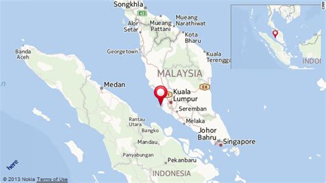 boat from malaysia to indonesia dozens of indonesians missing after boat sinks off