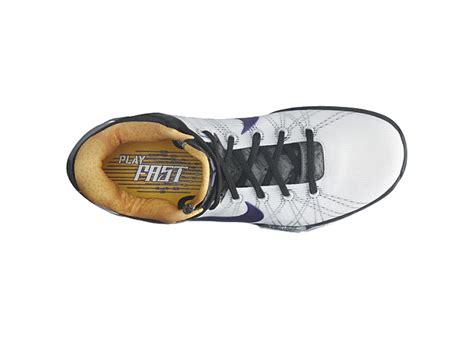 Sepatu Basket Nike Zoom Vii preview