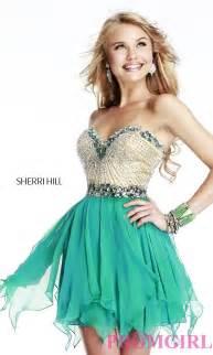 Short sherri hill dress for homecoming promgirl